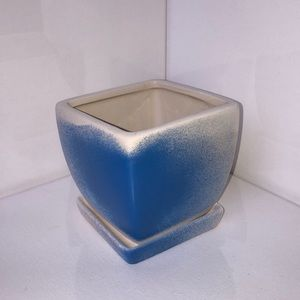 Blue and white herb pot